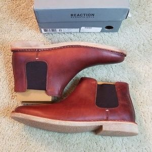 New kenneth cole design chelsea boots size 8 M